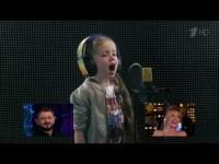 Ургант попросил детей исполнить известные песни так, как они их слышат