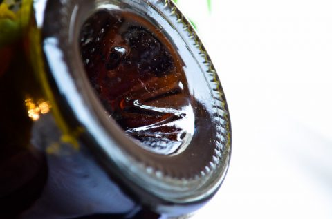 А вы знали, почему донышко винной бутылки непременно вогнутое?