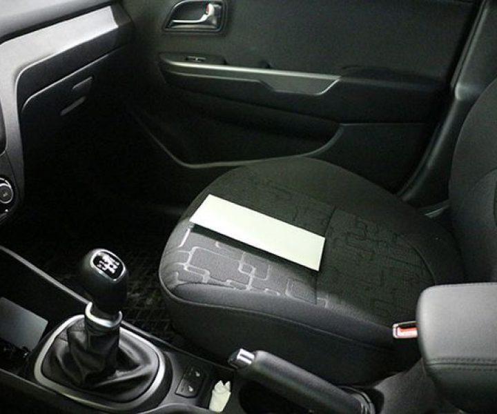Конверт в автомобиле — новый вид развода наивных автовладельцев
