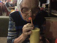 История бабы Лены: как в 89 лет и на российскую пенсию объездить полмира