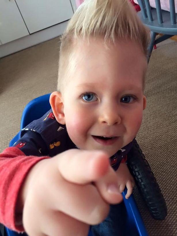 13 76 Мальчик, который родился почти без головного мозга спустя 5 лет