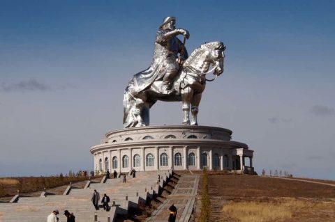 Самый безжалостный император в истории: 15 мрачных секретов о Чингисхане