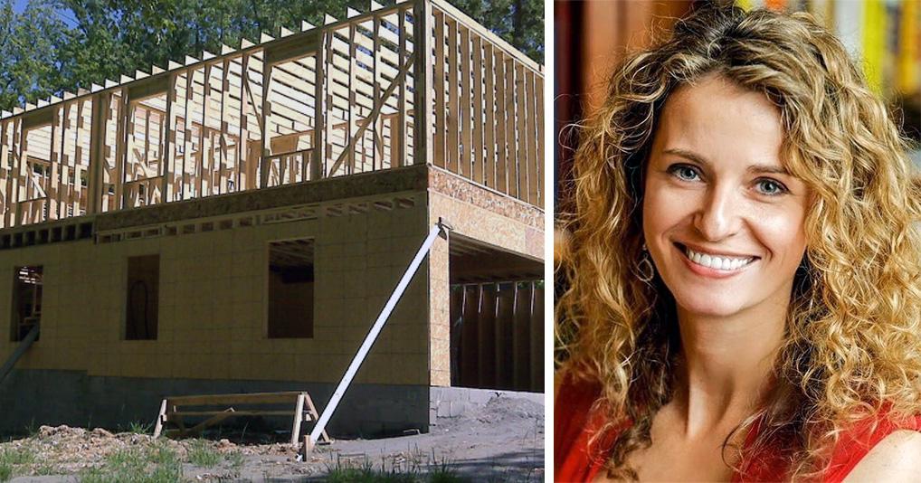 Многодетная мама построила двухэтажный дом для своих детей по роликам с YouTube