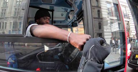 Водитель автобуса 80 lvl легким движением руки предотвратил ДТП с непредсказуемым исходом
